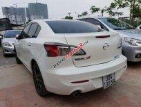 Cần bán xe Mazda 3 AT sản xuất 2014, màu trắng