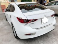 Bán Mazda 3 1.5 AT đời 2016, màu trắng xe gia đình, giá tốt