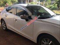 Cần bán Mazda 3 sản xuất 2015, màu trắng, 585tr