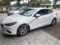Bán Mazda 3 đời 2018, màu trắng, nhập khẩu