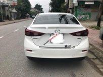 Bán Mazda 3 1.5 AT đời 2018, màu trắng, giá tốt
