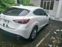 Cần bán lại xe Mazda 3 sản xuất 2016, màu trắng