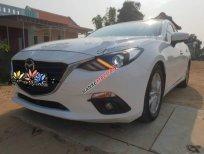 Cần bán Mazda 3 năm sản xuất 2016, màu trắng số tự động