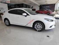 Bán Mazda 3 1.5 AT 2019, màu trắng, giá cạnh tranh