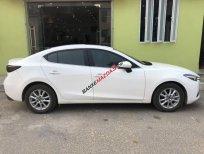 Bán gấp Mazda 3 1.5AT năm 2018, màu trắng, nhập khẩu