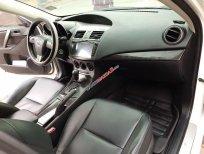 Cần bán xe Mazda 3 AT sản xuất 2010, màu trắng, giá tốt