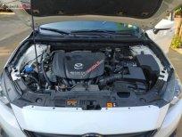 Bán Mazda 3 1.5 AT đời 2016, màu trắng, số tự động