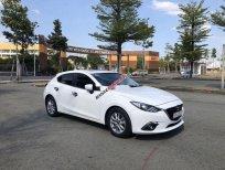 Cần bán Mazda 3 sản xuất 2015, màu trắng, giá 539tr
