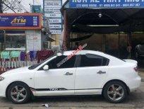 Xe Mazda 3 năm sản xuất 2004, màu trắng