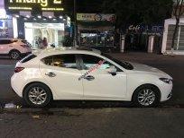 Bán Mazda 3 năm 2015, màu trắng số tự động, giá chỉ 490 triệu