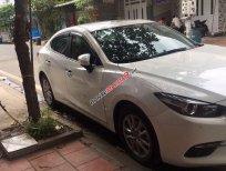 Cần bán gấp Mazda 3 đời 2018, màu trắng còn mới
