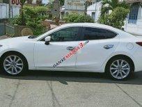 Xe Mazda 3 năm sản xuất 2015, màu trắng
