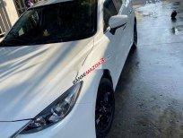 Bán Mazda 3 sản xuất năm 2017, màu trắng, giá chỉ 520 triệu