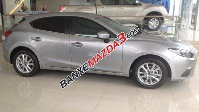 Cần bán xe Mazda 3 đời 2016, màu bạc, giá khuyến mãi cực hot nhé