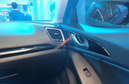 Mazda 3 mới 2017 màu xanh số tự động giao xe ngay Mazda Long Biên