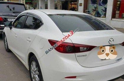 Bán Mazda 3 đời 2015, màu trắng, nhập khẩu chính hãng, 815 triệu