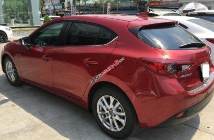 Bán Mazda 3 Hatchback đời 2016, giá tốt nhất, nhiều màu, nhiều quà tặng. Có xe giao ngay