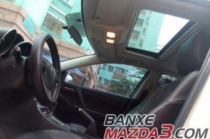 Cần bán gấp Mazda 3 1.6AT 2009, màu trắng, giá tốt
