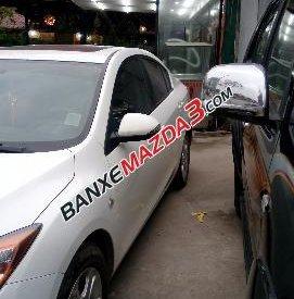 Cần bán xe Mazda 3 ,đời 2010, màu trắng, xe còn rất mới