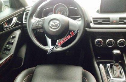 Cần bán Mazda 3 2.0 đời 2015, màu trắng còn mới, giá tốt