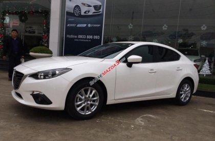 Cần bán Mazda 3 sản xuất 2016, màu trắng, giá 699 triệu