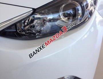 Bán ô tô Mazda 3 1.5 AT đời 2016, màu trắng, 719 triệu