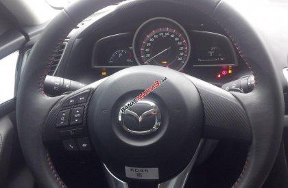 Cần bán xe Mazda 3 1.5 2016, màu trắng, giá chỉ 725 triệu