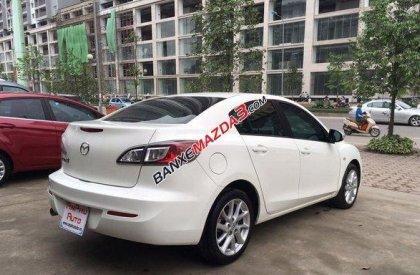 Cần bán gấp Mazda 3 S đời 2014, màu trắng đã đi 12000 km