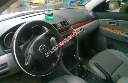 Bán Mazda 3 đời 2004, màu trắng