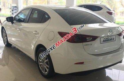 Cần bán xe Mazda 3 SD đời 2016, màu trắng, xe nhập, giá chỉ 691 triệu