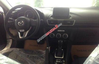Cần bán Mazda 3 1.5 đời 2016, màu trắng, giá tốt