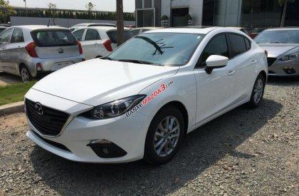 Bán xe Mazda 3 Sedan màu trắng. 2017 giá tốt nhất LH: 0978.495.552