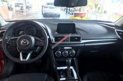 Bán Mazda 3 1.5 Sedan 2019, vay 85%, trả trước 200tr