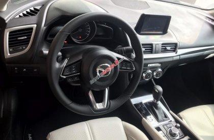 Bán Mazda 3 1.5 Sedan 2019, vay 85%, trả trước 175tr