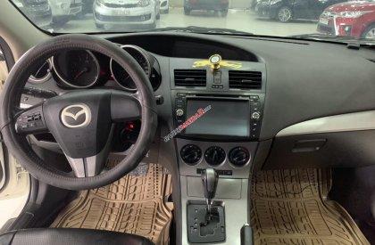 Bán xe Mazda 3 sản xuất năm 2010, màu trắng, xe nhập