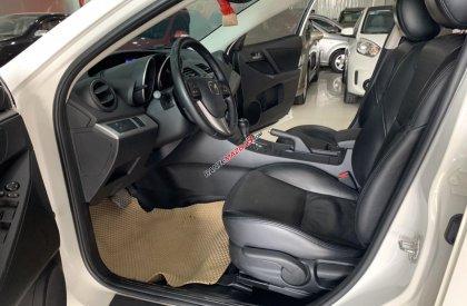 Cần bán Mazda 3 sản xuất 2014, màu trắng, giá 485tr