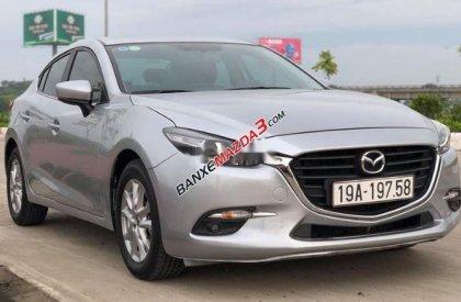 Bán Mazda 3 2018, màu bạc số tự động
