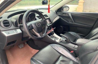 Cần bán xe Mazda 3 1.6AT sản xuất 2010, màu trắng, nhập khẩu nguyên chiếc xe gia đình giá cạnh tranh