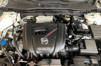 Cần bán lại xe Mazda 3 1.5 sản xuất năm 2015, màu trắng như mới, giá chỉ 535 triệu