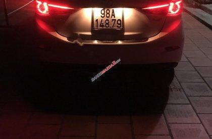 Bán ô tô Mazda 3 2.0 AT năm sản xuất 2017, màu trắng giá cạnh tranh