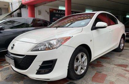 Bán Mazda 3 1.6 AT năm sản xuất 2010, màu trắng, nhập khẩu