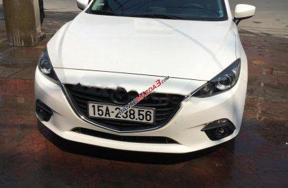 Cần bán Mazda 3 1.5 AT đời 2016, màu trắng đã đi 29000 km