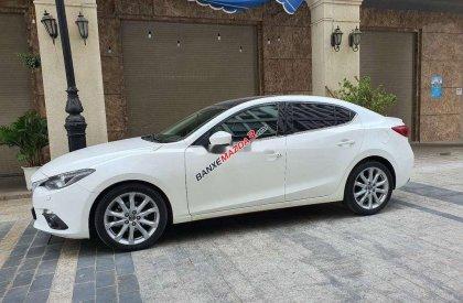 Bán Mazda 3 2.0AT năm 2017, nhập khẩu nguyên chiếc chính chủ, màu trắng