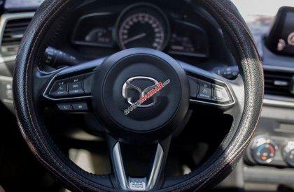Cần bán xe cũ Mazda 3 đời 2017, màu trắng